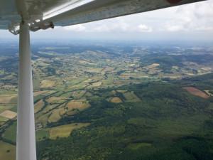 Vallée au sud d'Autun dans le Morvan, Bourgogne France - Vue aérienne